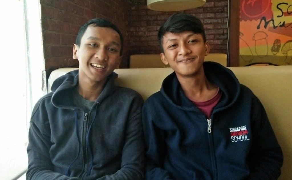 Graduates Rustandi and Ardiansyah
